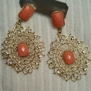 Jewelry - NEW CORAL EARRINGS