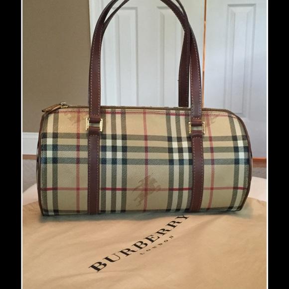 650cf966bea1 AUTHENTIC Burberry Haymarket Papillon Bag