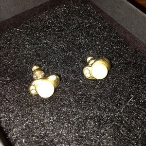 Jewelry - Gold stud earrings with pearl and cz on side