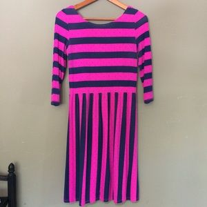 Lilly Pulitzer Dresses & Skirts - Lilly Pulitzer Navy & Pink Stripe Polka Dot Dress