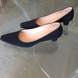 Bruno Magli Shoes - ✨Bruno Magli Black Kitten Heel Evening Shoes✨