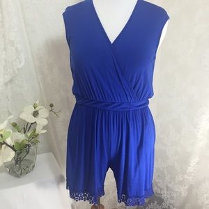 Libian Pants - Sexy and stylish royal blue romper with lace. B009