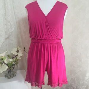 Libian  Pants - Stylish pink romper with lace. B009