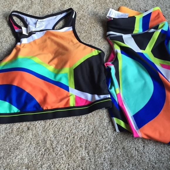 Fabletics Other - Fabletics Capri & Crop Top workout pair