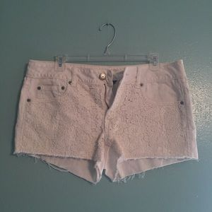American Eagle Outfitters Pants - Essential White Shorts
