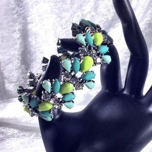 Wantable Jewelry - Blue Yellow Statement Stretch Fan Bracelet