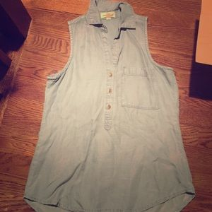 ANTHROPOLOGIE chambray top never worn!!