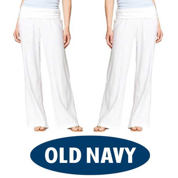 """I think it's great Old Navy has pants tailored to fit so many different body types. The short Rockstar works for me and I never have to get my pants hemmed. It is pretty much the single reason I buy Old Navy pants, because they """"just work"""" and they seem taylored just for me and are reasonably priced."""