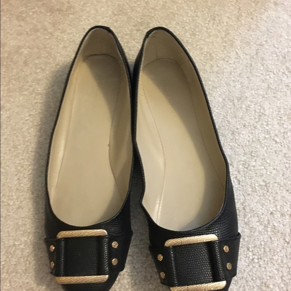 Banana Republic Shoes - Banana republic black flats