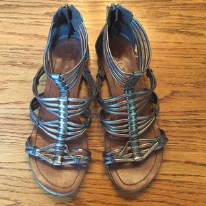 Shoes - Silver gladiator sandals Size 7 gently worn