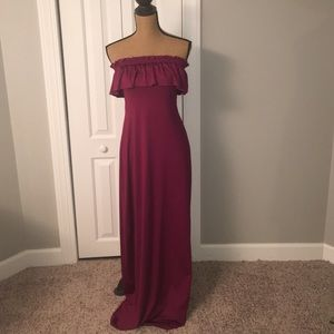 Dresses & Skirts - Floor length maxi dress