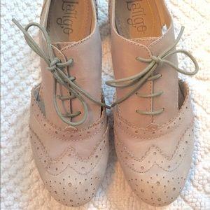 Anthropologie Shoes - Anthropologie Latigo Firefly Grey Oxford