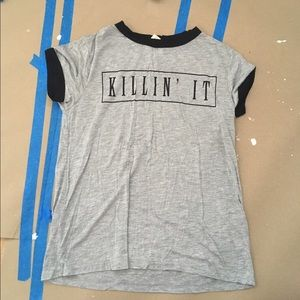 "Tops - Grey ""Killin' It"" T-Shirt"