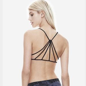 Tops - Strappy pyramid brallete