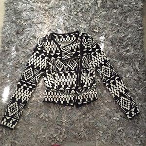 Jackets & Blazers - Cute black and white pattern jacket