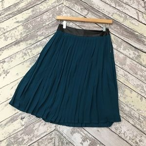 Dresses & Skirts - Rock my pleats teal skirt