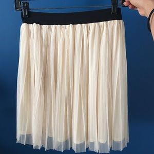 Forever 21 Skater Tulle Skirt Size S