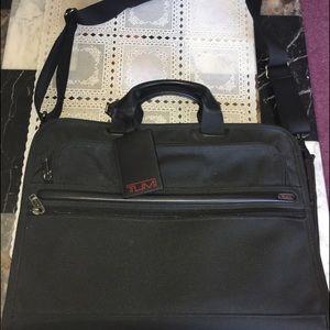 Tumi Handbags - Black tumi briefcase