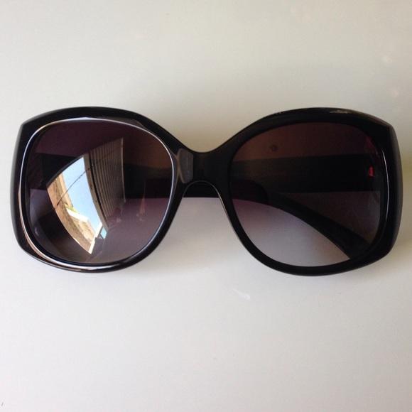 a04aa969e4 CHANEL Accessories - 🕶Chanel 5183 polarized black sunglasses🕶