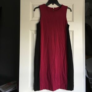 Dresses & Skirts - Sheath knit dress size 4