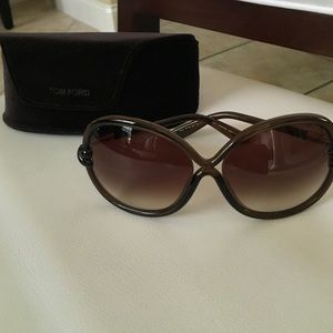 3470b512c9 Tom Ford Accessories - AUTHENTIC TOMFORD Sonja TF185 sunglasses brown