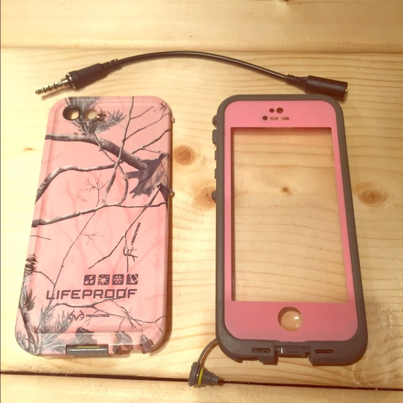 LifeProof Accessories - Lifeproof Pink Realtree Camo iPhone 5s Case 41624ce72d