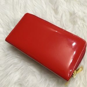 • Gorgeous Red three zip patent wallet/Wristlet •