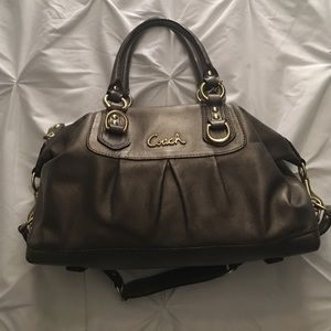 LIKE NEW: Coach Handbag