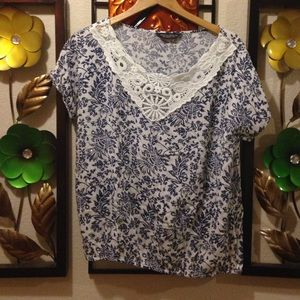 Dorothy Perkins blouse in white and blue.