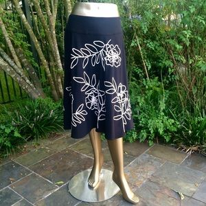 Sunny Leigh Dresses & Skirts - Sunny Leigh Black Skirt with Floral Embroidery