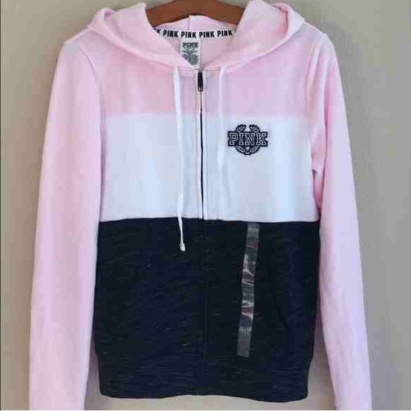 c688efcec2623 ISO VS PINK zip up hoodie is a small