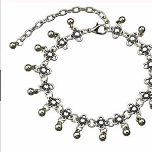 Jewelry - 🎄❄️Dainty Silver Anklet❄️🎄