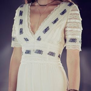 Free People Dresses - ▪️FREE PEOPLE Starlight Maxi Lace Dress By Candela