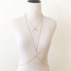Jewelry - NWT gold colored body necklace