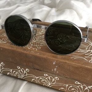 UO Circle Sunglasses