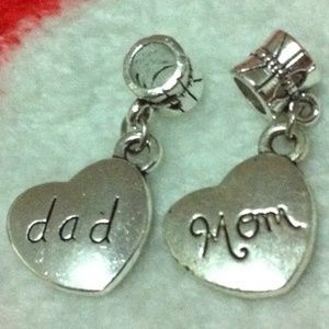 Jewelry - Dad mom heart dangle charm pendant sets