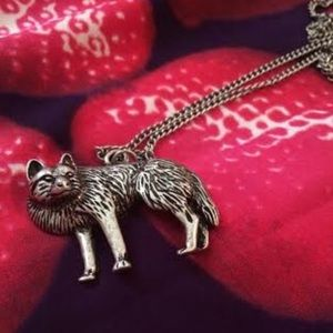 🚨FINAL PRICE Lone Wolf Necklace