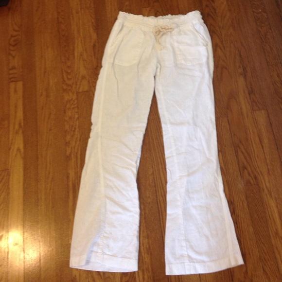 f79ecf30be Roxy White Linen Pants. M_57853e48f739bcc7370089f1