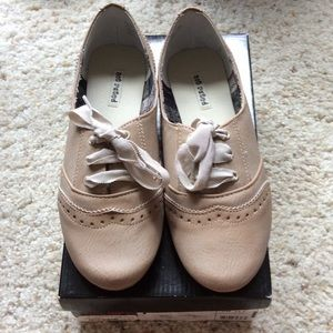 NWT Not Rated cute shoes!