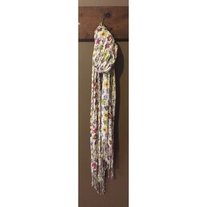Floral light-weight scarf