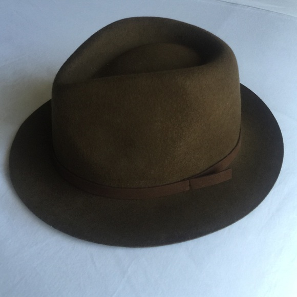 b7e985c5bfa Urban Outfitters Accessories - Ecote brown hat fedora O S from urban  outfitters