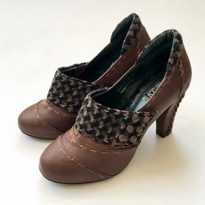 Not Rated Shoes - Not Rated Vintage Style Leather Granny Heel