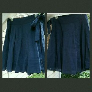 Tibi Dresses & Skirts - 💣LOWEST $💥 TIBI Textured Side tie full skirt