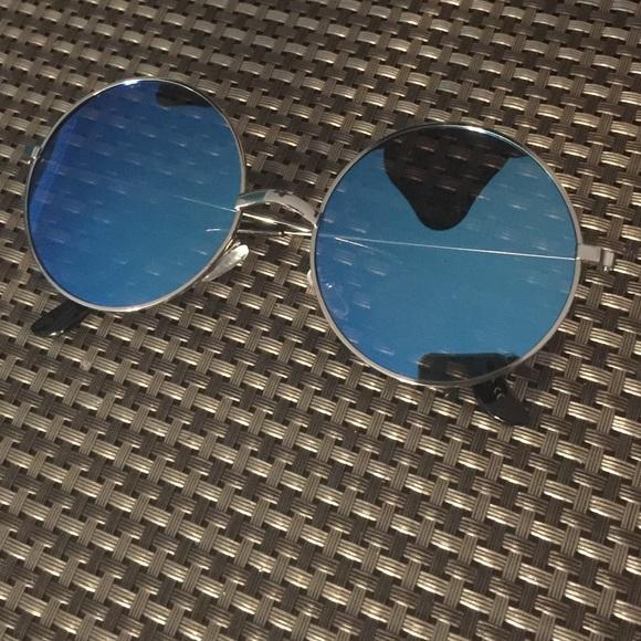 6b2782f38201 Flat lenses blue mirror silver frame cute