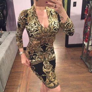 Roberto Cavalli Dresses & Skirts - ⚜️ Roberto Cavalli Gold Midi Dress