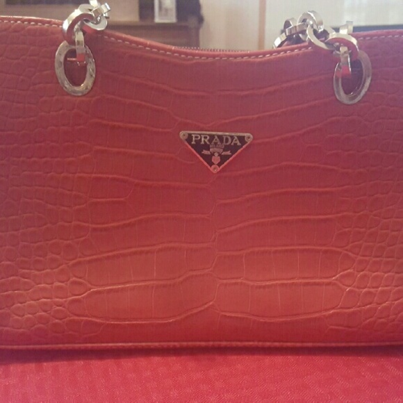 305d1b77df6 PRADA Red leather crocodile purse