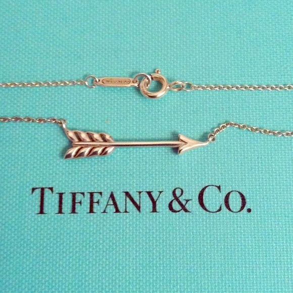8502bb904a55 Flash sale Tiffany Co Arrow Necklace RARE. M 5785a4a02fd0b7c2320166cd
