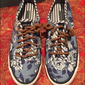 Sperry Top-Sider Shoes - Sperry Top Sider denim floral sneakers