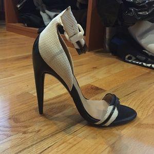 L.A.M.B. Shoes - LAMB black and white ankle strap sandal.