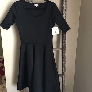 LuLaRoe Dresses & Skirts - Nicole Dress
